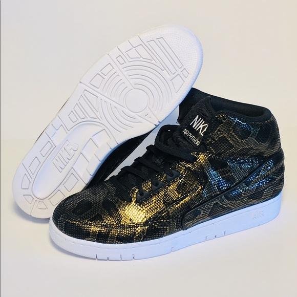 hot sale online f0035 da940 Nike Air Python PremiumShoes (705066-002). M 5c34e6dbd6dc529c894cf3a5